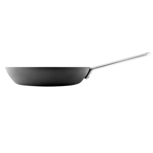 Сковорода Professional 28 с антипригарным покрытием